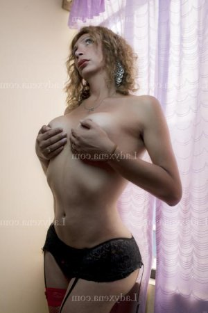 Cherrine massage naturiste escorte girl