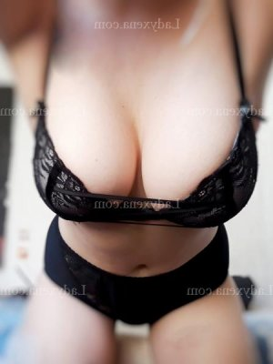 Sanah lovesita massage érotique escorte girl