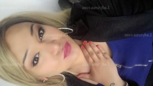 Abeline escorte girl wannonce massage sexy à Saint-Nicolas-de-Port